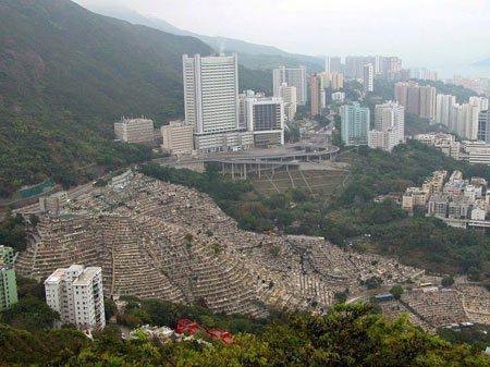 نمای جالب قبرستان مسیحیان در هنگ کنگ, nteresting view of Christians Cemetery in Hong Knga, قبرستان مسیحیان, گردشگری, نمای جالب قبرستان مسیحیان در هنگ کنگ, هنگ کنگ