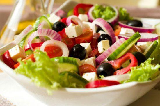طرز تهیه سالاد یونانی, salad, سالاد یونانی, سالاد یونانی خوشمزه و اصیل, سالاد یونانی، فقط با مواد تازه!, طرز تهیه سالاد یونانی, مواد لازم برای تهیه سالاد یونانی