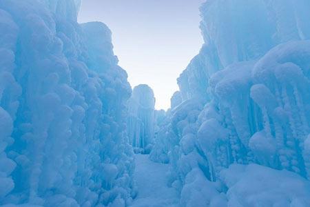 پارک یخی زمستانی در کانادا,تصاویر پارک یخی,عکس های پارک یخی زمستانی در کانادا