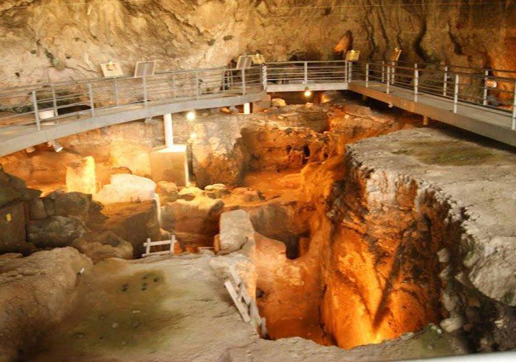 سرگذشت صومعه های تاریخی متئورا در یونان, توریسم, گردش, گردشگری, مسافرت, مکان های توریستی, مکان های گردشگری