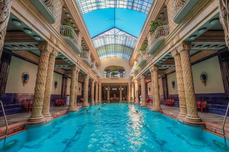 حمام حرارتی گلرت مجارستان