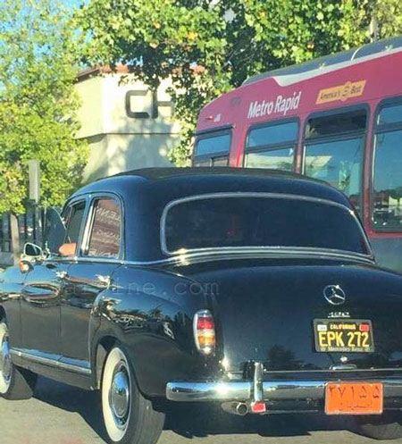 عکس جالب بنز 190 با پلاک اصفهان در کالیفرنیا, خودرو