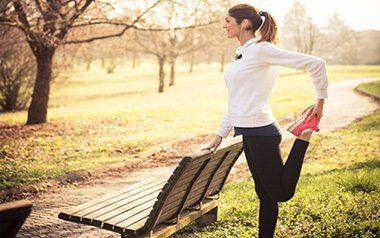 بهترین تمرینات ورزشی که خانم ها می توانند در پارک انجام دهند, sport, تمرین ورزشی, تمرینات ورزشی, حرکات ورزشی, دانستنی های ورزشی, ورزش, ورزشی