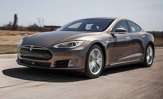 بررسی خودروی برقی Tesla S 70D 2015, نقد خودرو