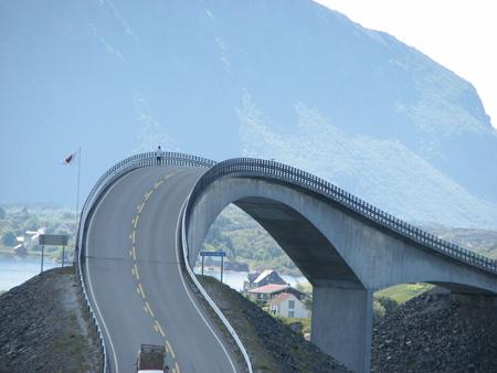 پل ناکجا آباد, پل ناکجا آباد در نروژ, دیدنی های نروژ