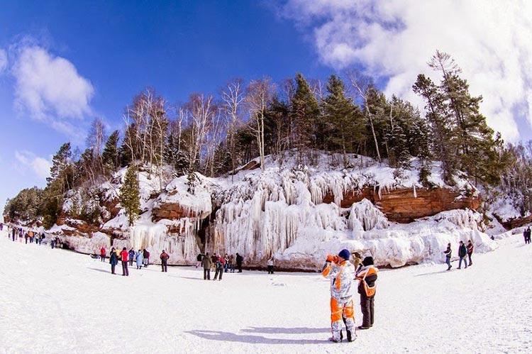 غار یخی دریاچه سوپریور9
