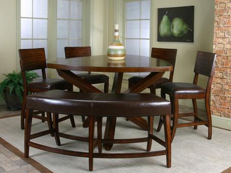 میز غذاخوری در اشکال متفاوت, میز و صندلی های چوبی