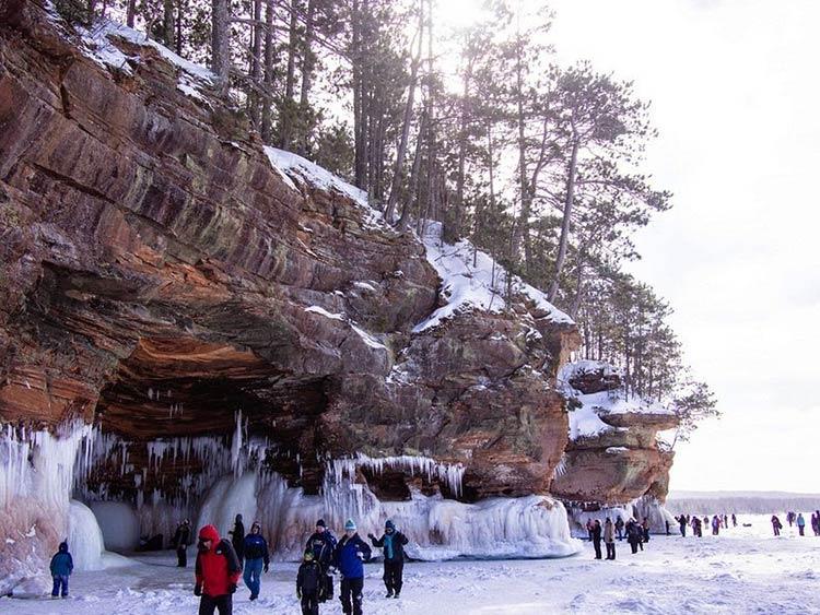 غار یخی دریاچه سوپریور6