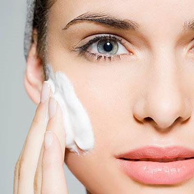 ۱۰ ترفند شگفت انگیز برای داشتن پوست زیبا