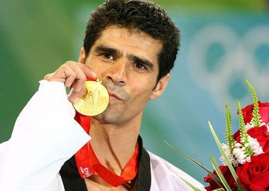 هادی ساعی، از تکواندو تا بازیگری, گفتگو با ورزشکاران
