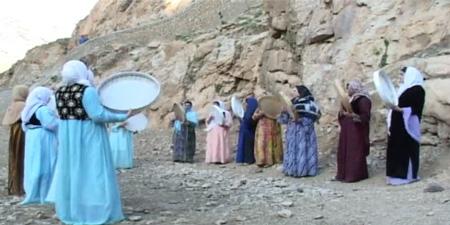 افسانه های کردستان , دف نوازی زنان
