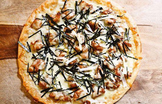پیتزای مرغ با سس تریاکی