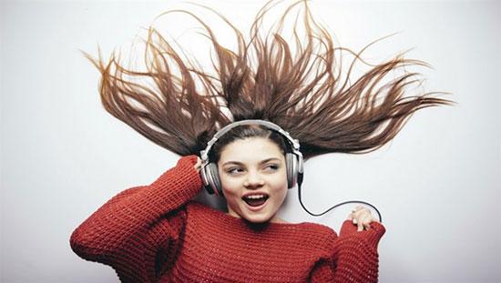 موسیقی چطور روی حالت و خلق و خوی ما تأثیر میگذارد؟