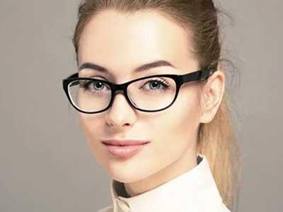 آرایش چشم مخصوص خانم های عینکی