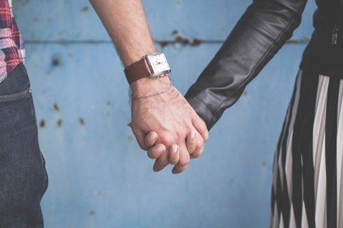 عشق و هیجان با هم فرق دارند؛ لطفا عاشق باشید