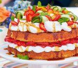 طرز تهیه کیک میوه های تابستانی