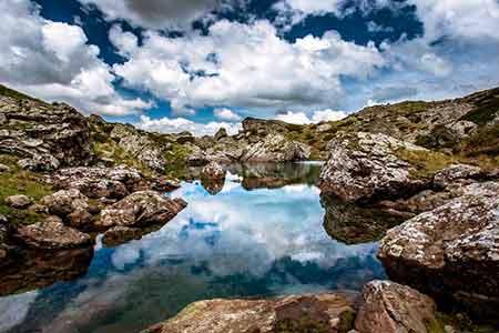 دریاچه های گرجستان,زیباترین دریاچه ها,جاذبه های گردشگری گرجستان
