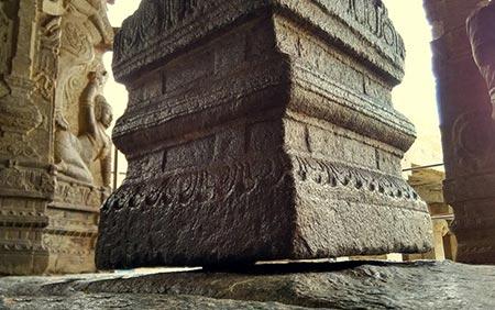 اسرار هند,عجیب ترین اسرار هند,ستون معلق لپاکشی