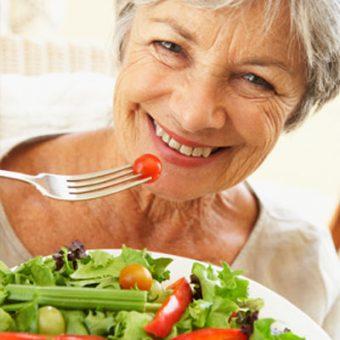 توصیههایی برای طول عمر و زندگی سالمتر سالمندان