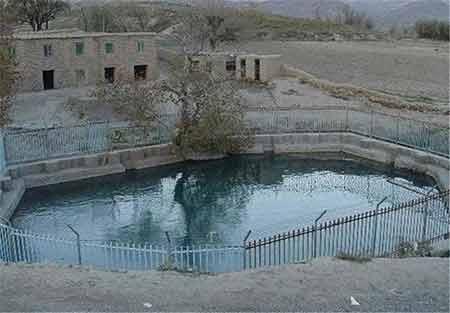 مکان دیدنی ایران در زمستان,جاهای دیدنی ایران در زمستان,آبگرم می اندشت