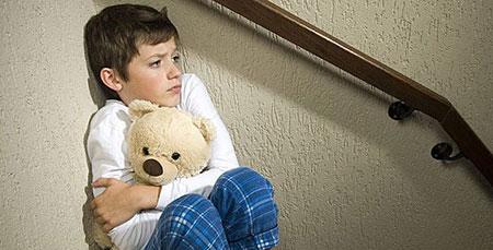 ترس در کودکان,درمان ترس کودکان,نحوه رفتار با کودک ترسو