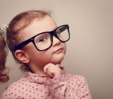 بعد از دیدن چه علائمی باید به توانایی ذهنی کودک شک کرد؟