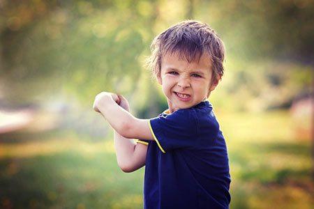 رفتارهای نگران کننده در کودکان را بشناسید