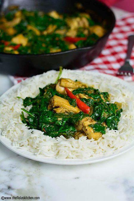 خوراک مرغ و اسفناج سرخشده, پخت و پز