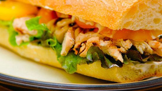 ساندویچ مرغ مکزیکی