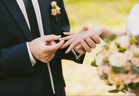 حتما باید عـاشق شویم تا ازدواج کنیم؟